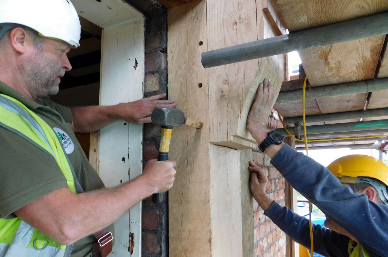 pegs-secure-joints-oak-frame-racecourse-hotel-salford