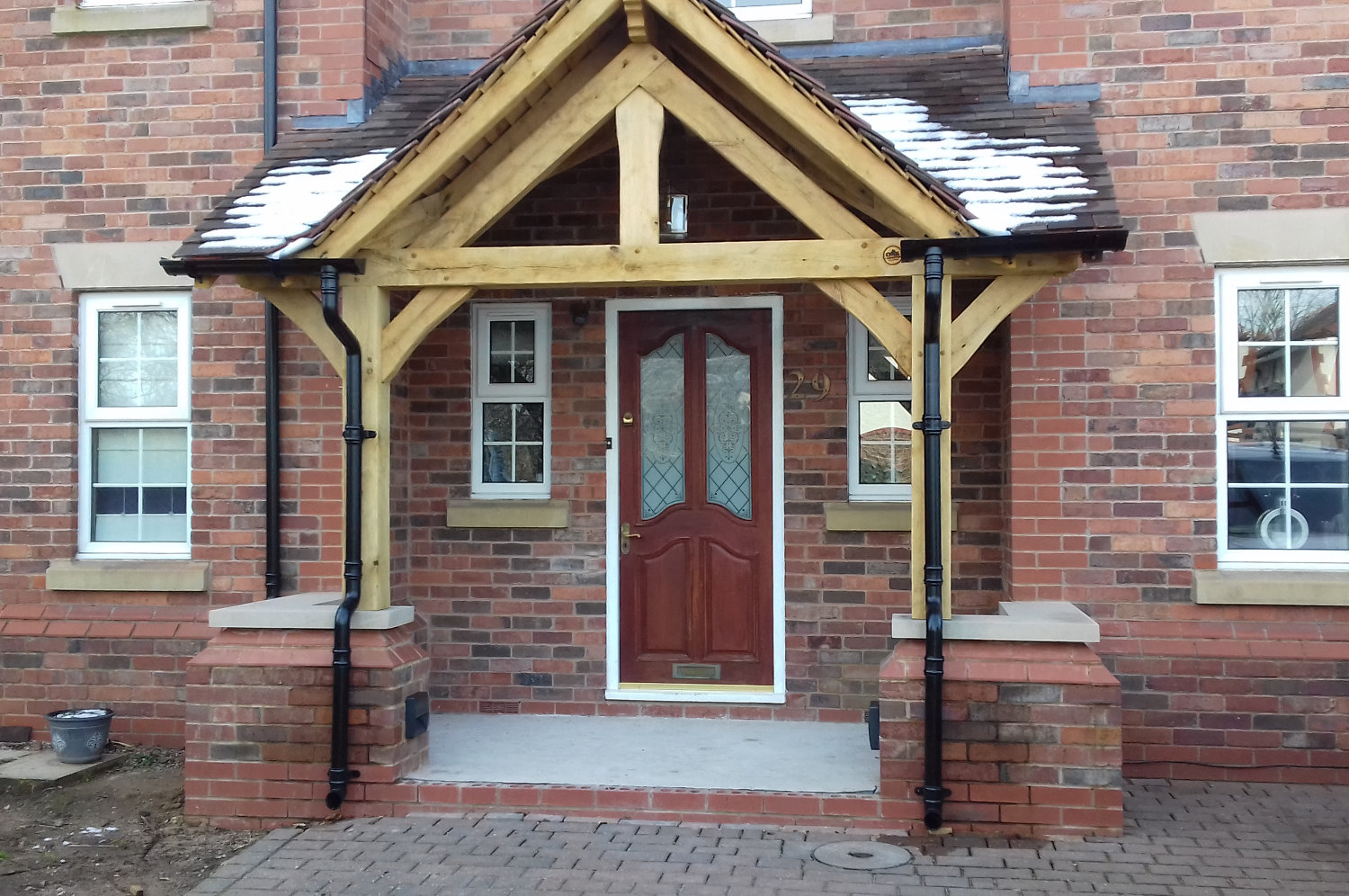 timber-frame-porch-recessed-doorway-warrington-oak-carpentry-lancs-2019