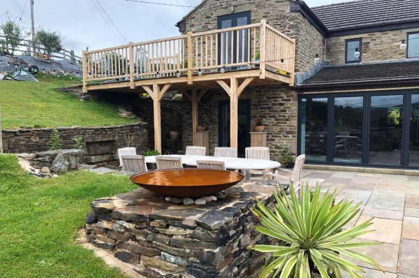 oak frame balcony, hand crafted, bespoke design, stone flags, outside access, upstairs bedroom, garden