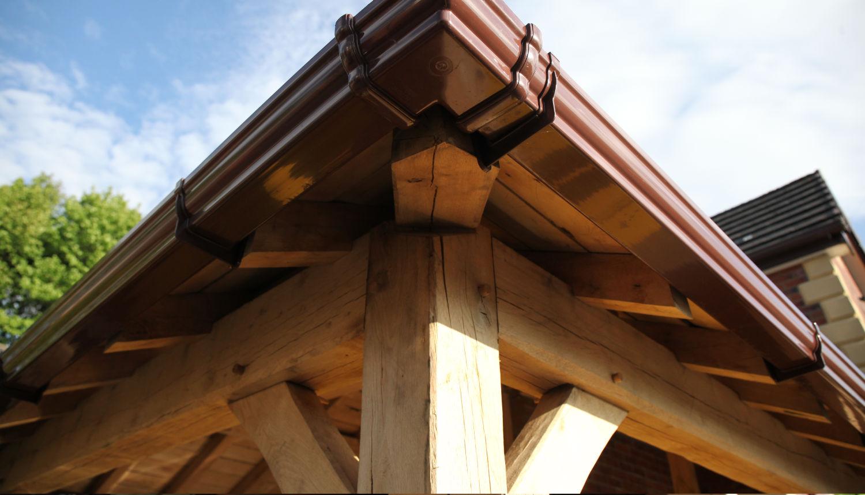 carport, guttering detail, oak frame construction, Darwen, Lancashire, 2020